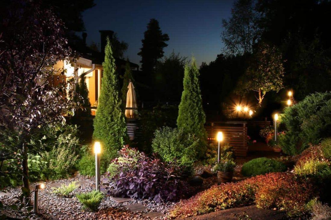 garden-landscaper-armadale-garden-lighting-2_1_orig